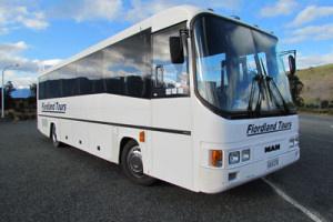 41 seat coach