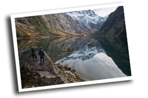 Lake Marian GUided DAy WAlk Milford SOund Te Anau NZ